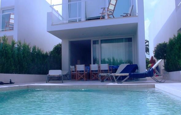 apartamento-menorca-piscina2