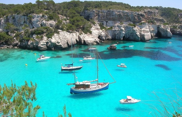 playa costa sur menorca