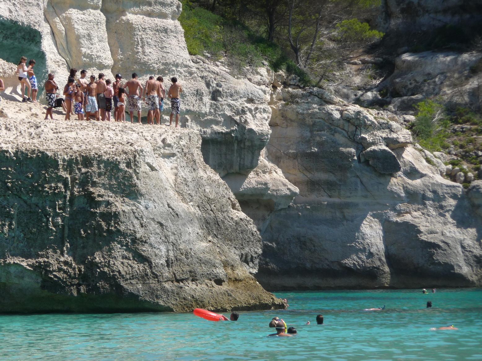 Los 5 Mejores Saltos desde Acantilados | Menorca Diferente
