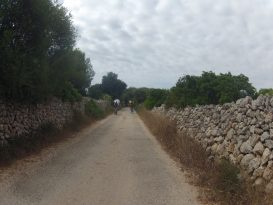 Camino de Ciutadella a Galdana en bici