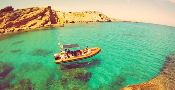 Excursión en lancha y snorkel en la Reserva Marina