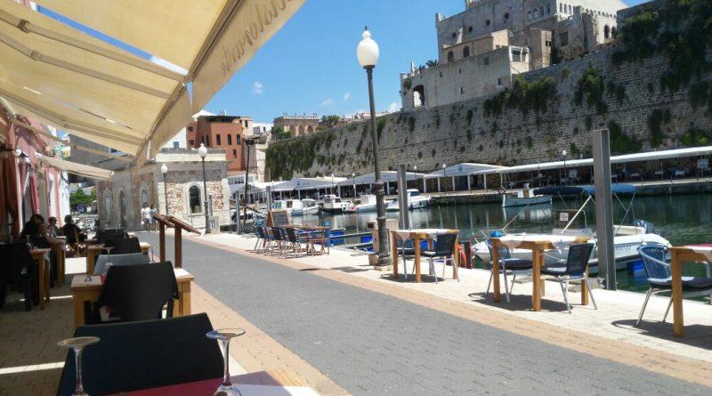 Restaurante mandimandi - vistas al puerto